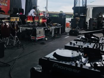 Two CDJ 2000NX2's, Rane 62, Fender Twin, Yamaha MCA drum kit, LP percussion, Ampeg SVT CL and 810